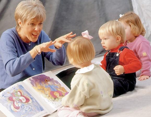 Дети и книги: знакомим и учим любить